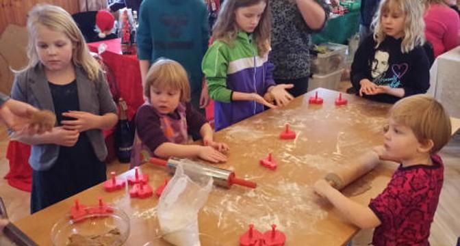 Skal du have en stand på julemarked i Farre?
